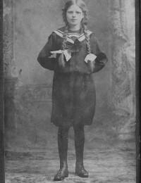 Helga Hjortskov ca 1910